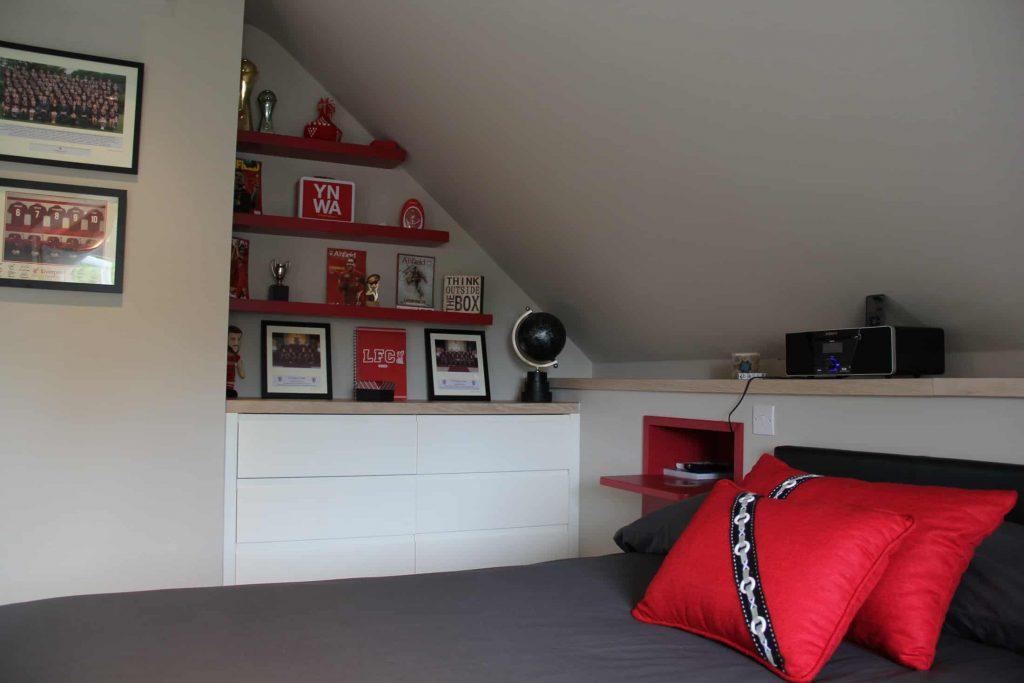 Marsh-and-Wiesenfeld-Weybridge-Family-Home-Boys-bedroom-2