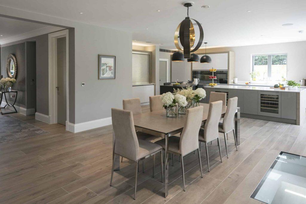 Marsh-and-Wiesenfeld-Weybridge-Family-Home-Dining-kitchen-1