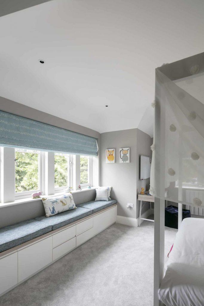 Marsh-and-Wiesenfeld-Weybridge-Family-Home-Girls-bedroom-1